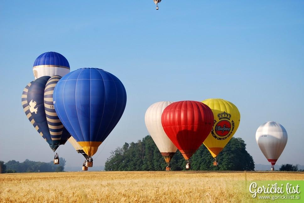 Nebo nad Pomurjem okrasili pisani baloni